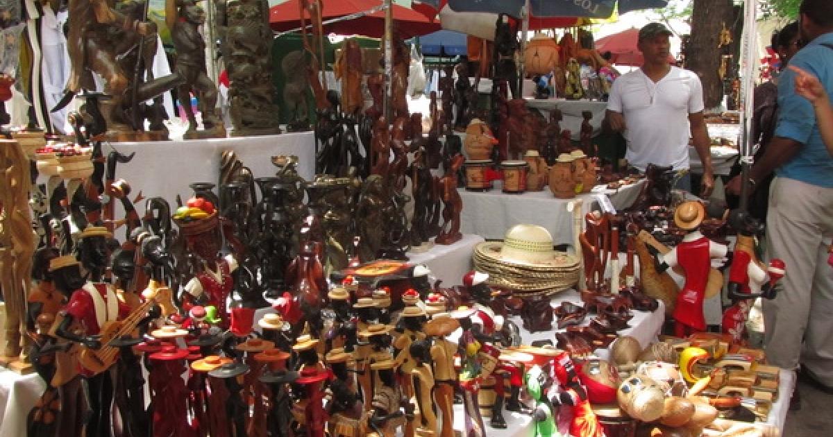 Las 3 ferias de artesanía y souvenirs de La Habana que no te puedes perder  - CubaConecta ????????